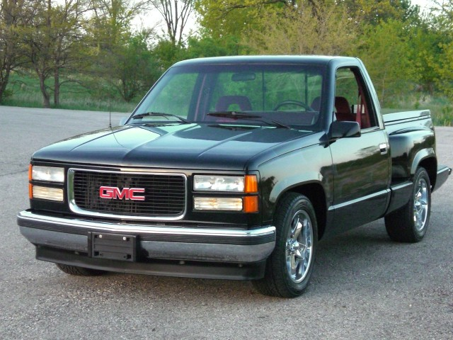 1994 chevy stepside low miles customized